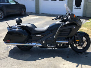 2013 Honda Goldwing F6B (Only 1800km)just reduced