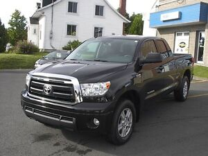 2013 Toyota Tundra SR5 Camionnette