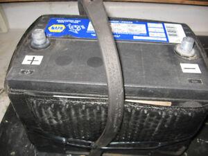 NAPA Car Battery ( very good)