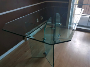 Table de verre