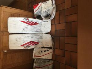 Pro Return Goalie Pads/Gloves