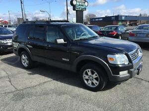 Ford Explorer XLT 4WD-MAGS-EQUIPEE 2006