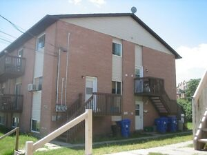 Beau Triplex très bien situé Gatineau Ottawa / Gatineau Area image 2