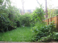 A large semi-self contained studio flat in Finchley Road/ South Hampstead