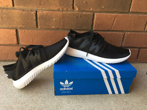 Womens Adida Tubular Viral shoes size 7.5