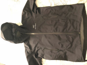 Arcteryx Beta SL Jacket. Black, men's small- never worn, mint