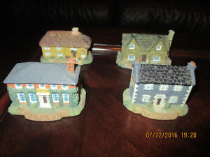 Baileys collectibles 17 CAFES 4 HOUSES