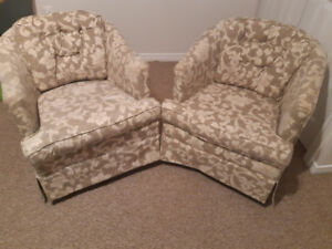 Two Swivel Chairs in good condition! Must go together!