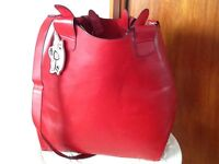 New large red bag with adjustable strap & removable inside