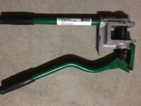 Stud punch greenlee electricien