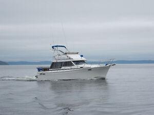 1986 32 foot Bayliner 3218 Motoryacht