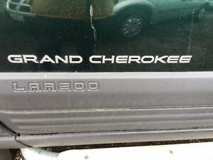 JEEP GRAND CHEOKEE LAREDO ,STEP BARS AND GRILL GUARD Kitchener / Waterloo Kitchener Area image 4