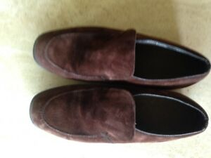 Ladies Brown Suede Hush Puppies Loafers Sz 10