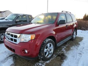 2010 Ford Escape XLT SUV, all  wheel  drive only 72 km