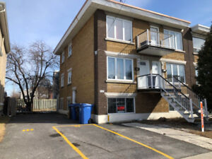 5 1/2 half basement for rent in Longueuil