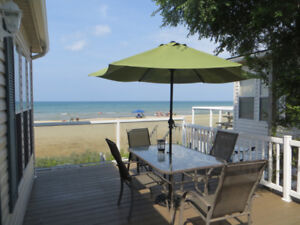 Beachfront Sauble Beach Cottage with Amazing View!!
