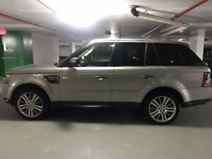 2011 Land Rover Range Rover Sport SUV, Crossover