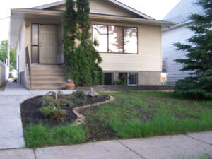 2 Bedroom Newer Home in Old Strathcona
