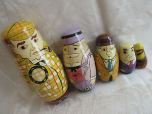 Sherlock Holmes Matryosha Wooden Nesting Russian Dolls move 5 pc