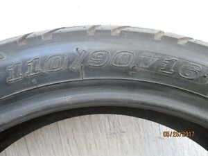 For Sale New Motorcycle Tire Front Dunlop 110/90V16