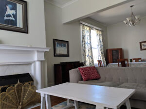 Elegant large 2 bedroom near Downtown,MUN and Park