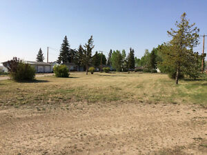 3 ACRES HIGHWAY COMMERCIAL LOT FOR SALE IN BASSANO ALBERTA