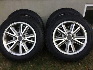 4 Jantes 16 pouces avec pneus d'hiver