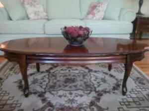End Tables with matching Coffee Table Peterborough Peterborough Area image 3