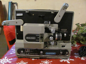 RARE Bell & Howell filmosonic 8MM projector 600 ZRX