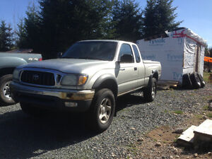 2002 Toyota Tacoma Coupe (2 door)