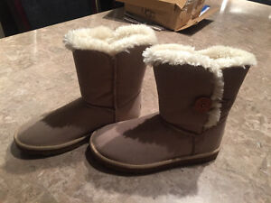 Knock off UGG boots