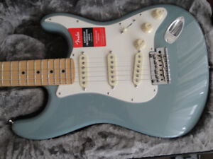 AMERICAN FENDER PROFESSIONAL SERIES STRATOCASTER BRAND NEW $1800