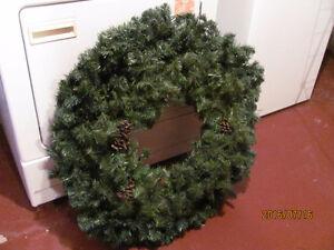 2 wreaths in 1