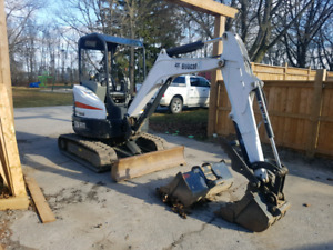 Bobcat E26 Excavator - only 800 hours