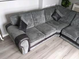 5 seater corner sofa in Grey
