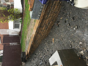 Pave retaining walls from permacon
