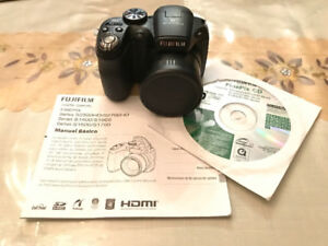 CAMERA FUJIFILM FINEPIX S1800
