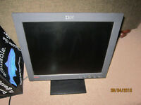 17 Inch IBM Flat Screen Computer Monitor For Sale