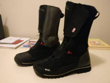 Revit Discovery Outdry Motorcycle Boots