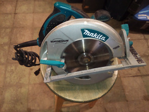 Makita 8 1/4 inch Circular Saw