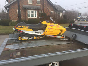 2002 Skidoo MXZ 600 - Better than the rest!