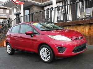 2011 Ford Fiesta SE / 1.6L / 5 speed / FWD **Affordable**