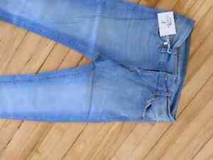Brand New Woman Jeans  Kingston Kingston Area image 2
