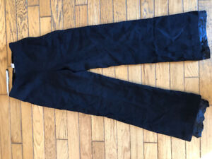 Only one pair of Ann Klein dress pants, size 4