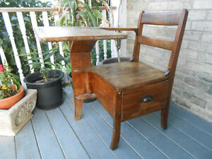Solid Wood Antique Child's Desk Stratford Kitchener Area image 1
