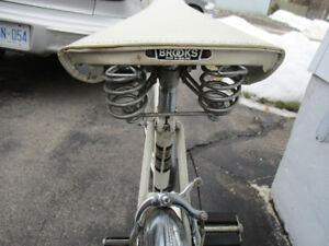 vintage glider cruiser bike EXCELLENT SHAPE (MINT)