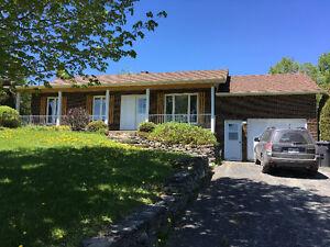 Maison à louer - village de Martinville (20 min de Sherbrooke)