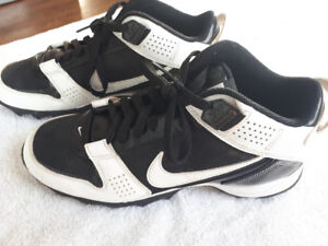 Football cleats size 8.5