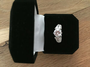 Costume jewelry, fake silver diamond ring