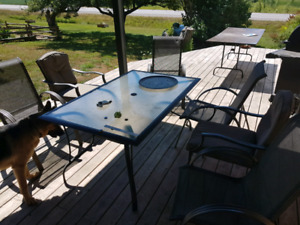 Patio table 4 plus 2 chairs
